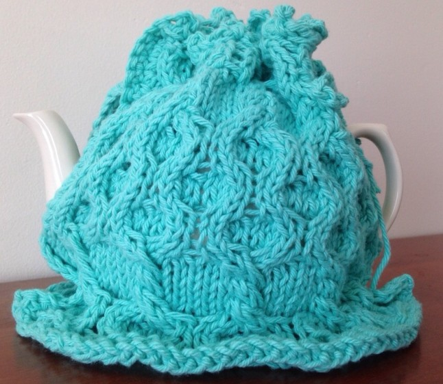 Bumble Berry Teapot Cover Full