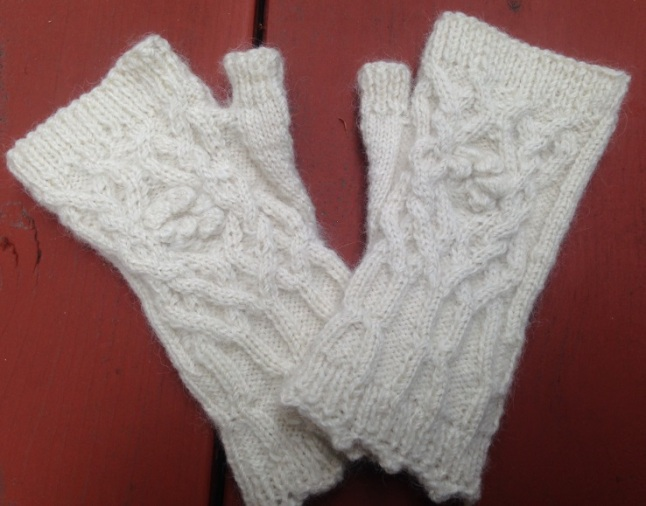 Cabled snowdrop fingerless gloves